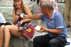 Sharing an onion in China